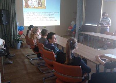 Школьников знакомят с избирательным процессом