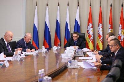Алексей Текслер: Необходимо минимизировать движение большегрузов по улицам городов региона
