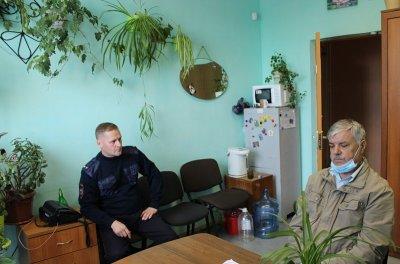 В рамках акции «Гражданский мониторинг» председатель Общественного совета посетил отдел внутренних дел Увельского района
