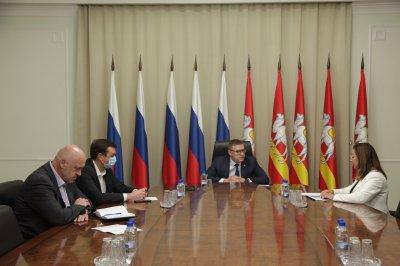 Алексей Текслер провел рабочую встречу с руководителем регионального Росреестра Ольгой Смирных
