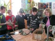 3 декабря с ребятами был проведен мастер-класс по работе с противогазом и сборке-разборке автомата Калашникова.