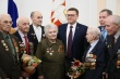 Алексей Текслер вручил ветеранам медали в честь 75-летия Победы