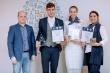 Алексей Текслер поздравил челябинского педагога с победой во Всероссийском конкурсе