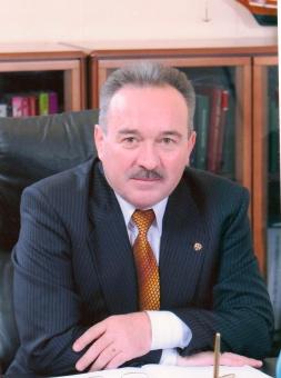 Поздравление Главы Кунашакского района Сибагатуллы Аминова с Днем семьи, любви и верности