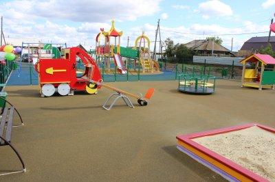 Детскую площадку открыли в Денисово