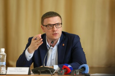 Губернатор поручил региональному усилить меры безопасности в связи с трагедией в Казани