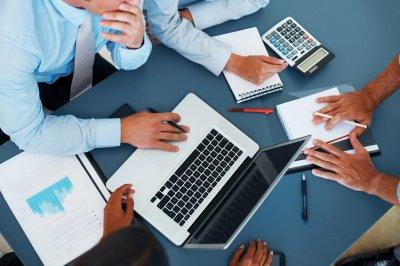 Вниманию предпринимателей и руководителей предприятий! Необходимо заполнить отчеты на Госуслугах!